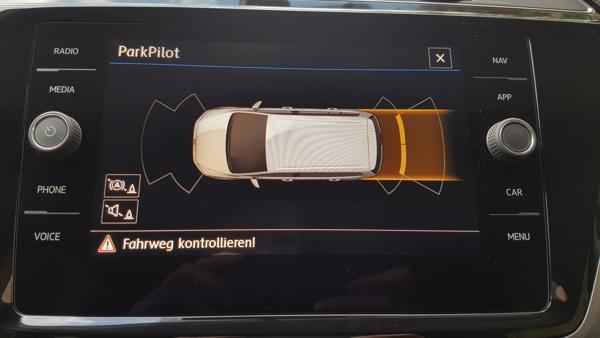 touran ii 5t einparkhilfe optische darstellung carat garage. Black Bedroom Furniture Sets. Home Design Ideas